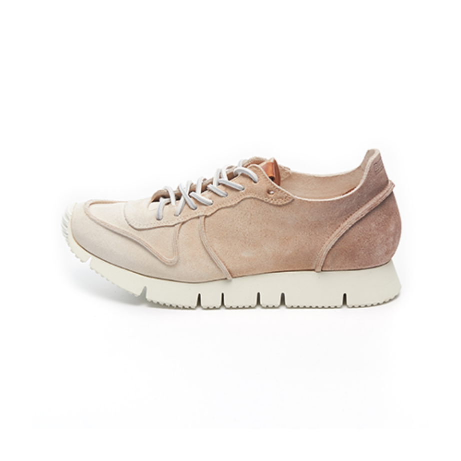 WOMEN'S Carrera F1 Low_Brown